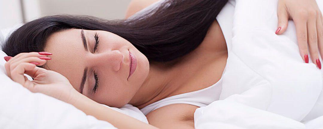 ¿Cómo dormir después de una cirugía de columna?